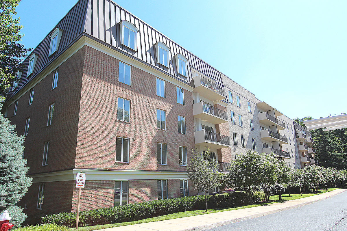 Captivating Real Tour, Inc.   8101 Connecticut Avenue Apartment C 405, Chevy Chase,  Maryland 20815